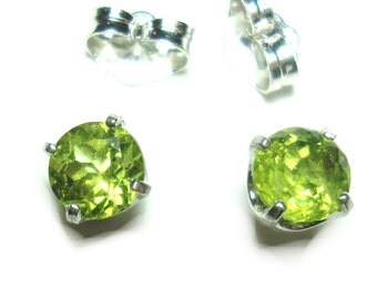 Peridot sterling silver post Earrings