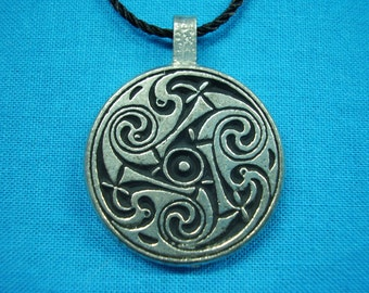Large Circular Celtic Swirls Knotwork Pendant in Silver Pewter, Handmade, Handcast STK034
