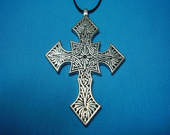 Large Gothic Influenced Knotwork Silver Pewter Cross, Necklace Pendant STK075