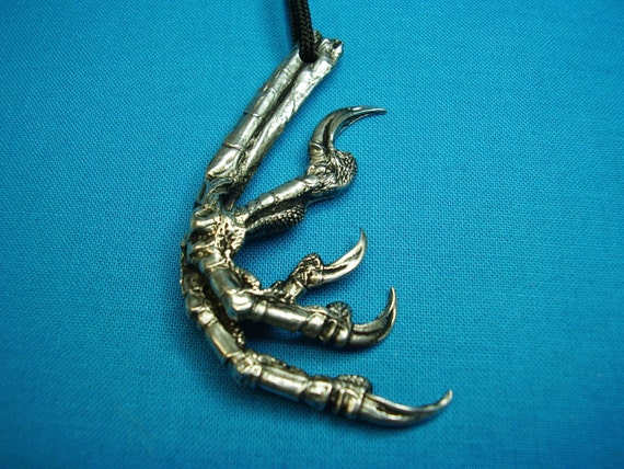 Crow's Claw, Right ,Necklace, Pendant, Jewelry Cast In Lead Free Silver Pewter STK099