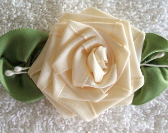 3-1\/2 inch Cream Rose Applique With Veined Leaves Hand Made Trims