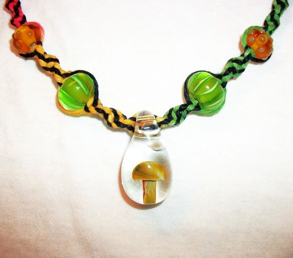 How To Make Hemp Necklaces: Rasta Mushroom Hemp Necklace