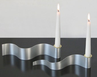 Steelribbon Candle Holder