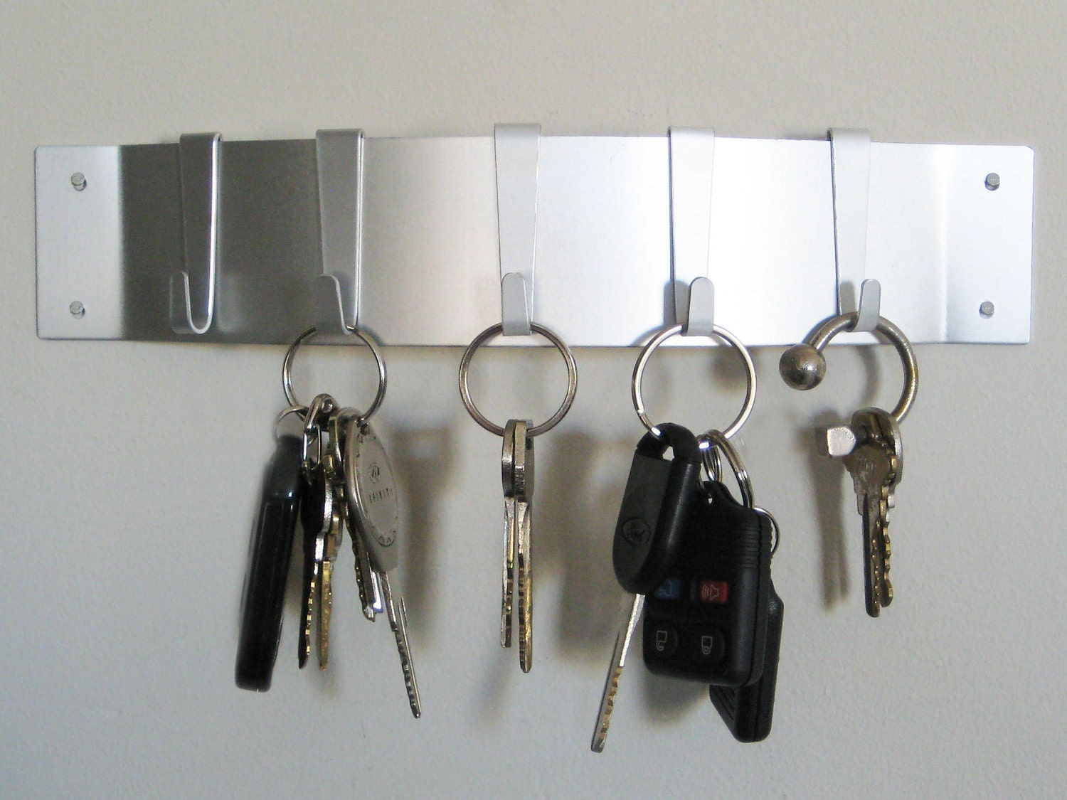 Curved Wall Key Holder