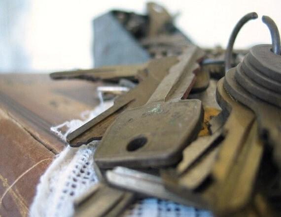 Scoop of Vintage Metal Keys
