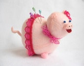 Pink Pig, Pig pin cushion, Cute pink piggy, Felt pig, Pig in skirt, Pig lover gift, Gift for sewer, Felt animal, Pig home decor, Portia, MTO