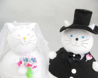 Cute Felt Bride and Groom Cat Pincushions - Wedding Cats - cute felt kitty cat collectable or gift - Gift for Bride - MTO