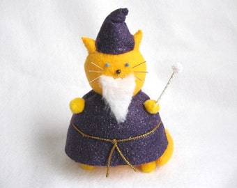 Wizard Fat Cat Pincushion - Felt Gnome - cute felt kitty cat collectable - Gift for cat lover - Gift for sewer - Mortimer - MTO