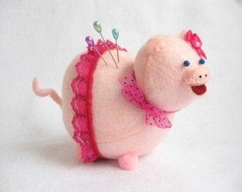 Pink Pig, Pig pin cushion, Cute pink piggy, Felt pig, Pig in skirt, Pig lover gift, Gift for sewer, Felt animal, Pig home decor, MTO