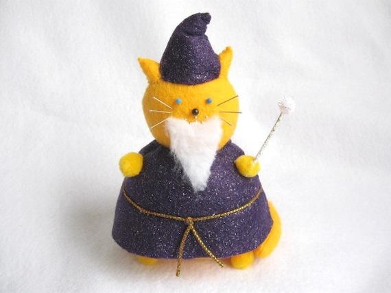 Wizard Cat, Cat pincushion, Bearded cat, Fantasy cat, Cute felt wizard, Wizard art doll, Cute cat, Cat lover, Sewing gifts, MTO