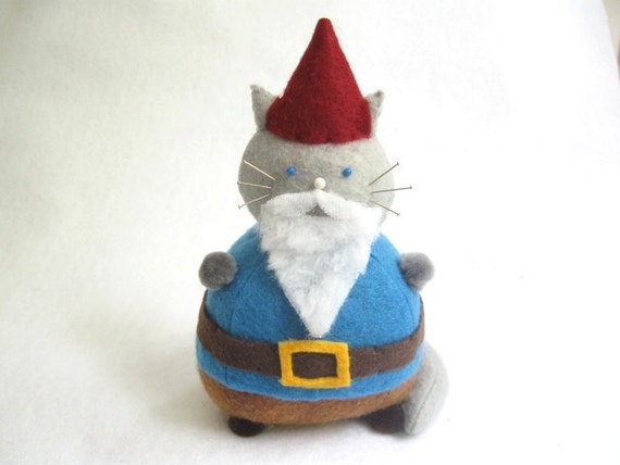 Cute gnome, Gnome cat, Cat pincushion, Gnome pin cushion, Bearded cat, Gnome home decor, Cat lover gift, Sewing gift, Felt gnome doll, MTO