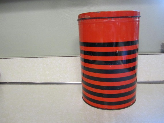 Vintage Cafe Bola De Oro  Red and Black  Kitchen Tin Can Canister Tea Sugar Coffee