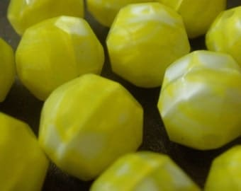 Vintage Glass Beads (8) Lemon AB German Beads