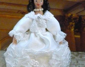 Mary Princess of Orange Royalty of England Historical Doll Miniature