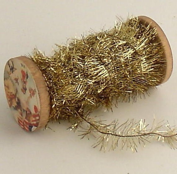 Ultra light vintage style tinsel garland gold christmas