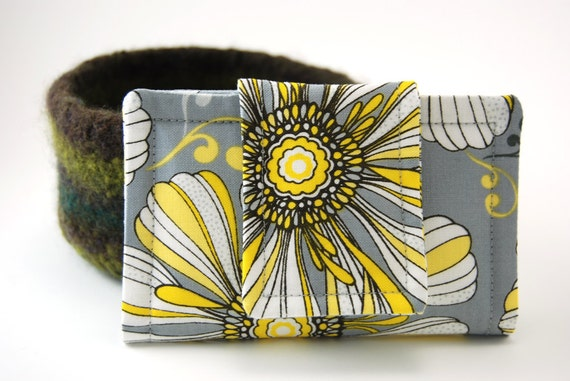 Fabric Business Card Holder, Card Case, Gift Card, Card Carrier, Credit Card Holder,gray grey white daisy