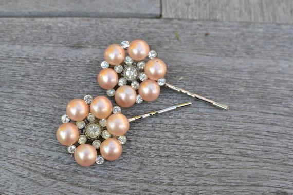 Blush pearl flower hairpins