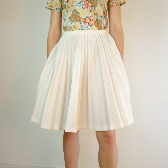 vintage magnolia white accordion pleated skirt