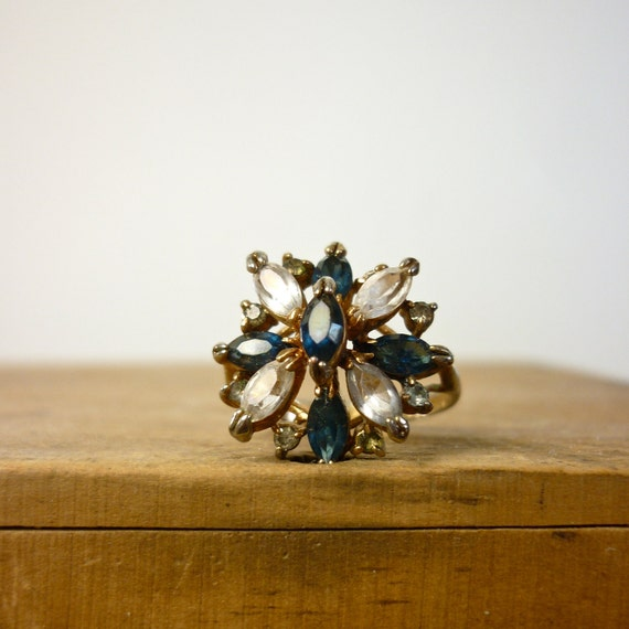 Vintage Ring - Gold Cocktail Ring c. 1960s