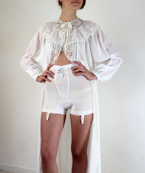 1950s Girdle Bird Embroidered Girdle By Miss Hollywood
