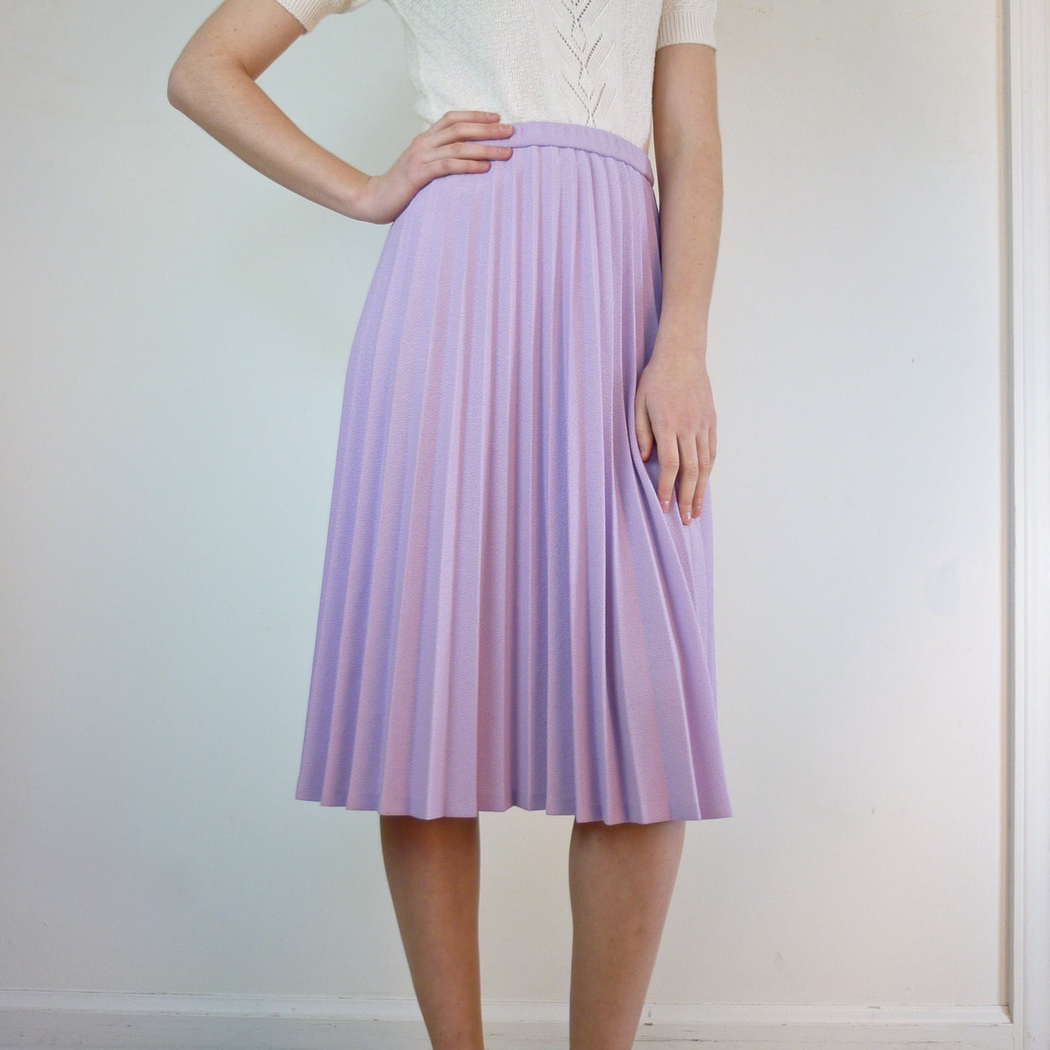 accordion pleated skirt in pale lavender