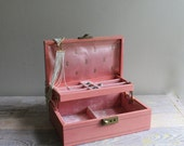 SUNDAY YARD SALE  Vintage Jewelry Box