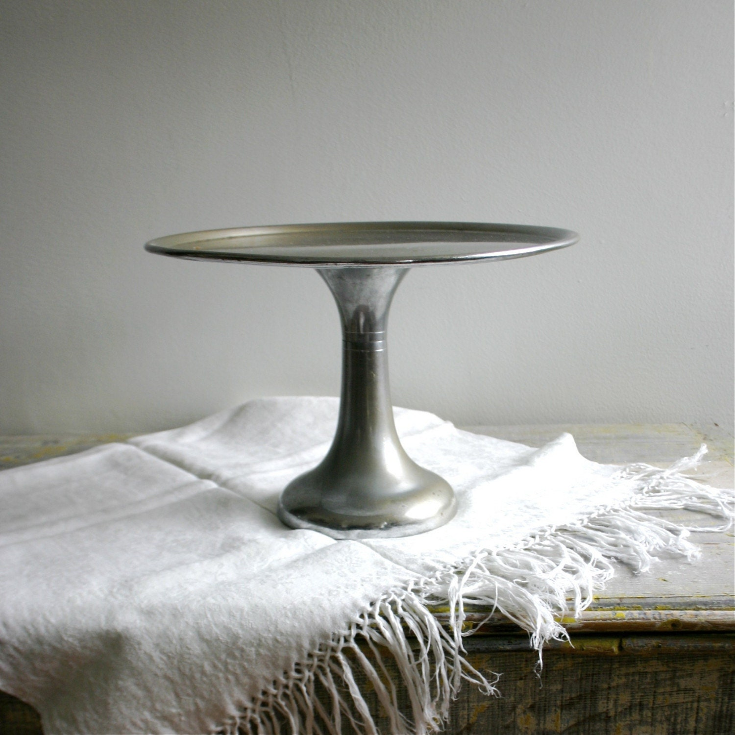 metal cake stand vintage industrial new york bakery cake stand 5843