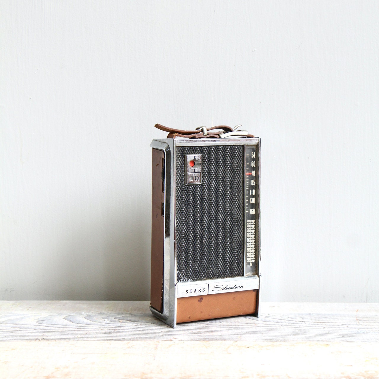 On Sale Vintage Silvertone Transistor Radio By Ethanollie