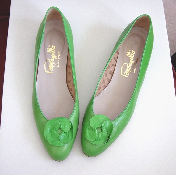 Pretty Small Shoes Flats