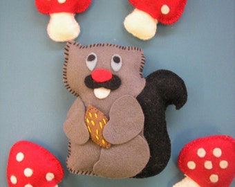 Adorable Vintage Stuffed Felt Squirrel with Four Red Mushrooms