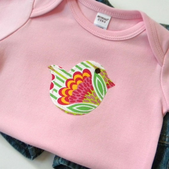 Baby Girl Clothes - Bodysuit Size 12-18 months - Short Sleeve Pink Bodysuit with a Bird Applique