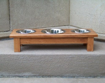 "Custom Finished 4.5"" Tall 3-Bowl Elevated Dog Feeder with Mixed Sized Bowls (one 1-Quart and two 1-Pint)"