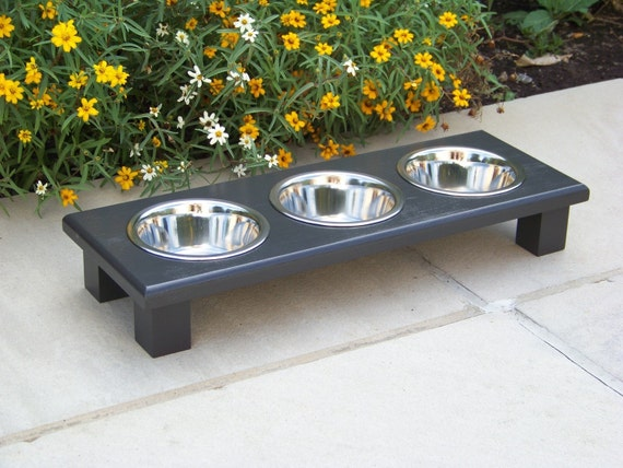 """Black Elevated 3-Bowl Cat Feeder 3"""" Tall with 1-Pint Bowls"""