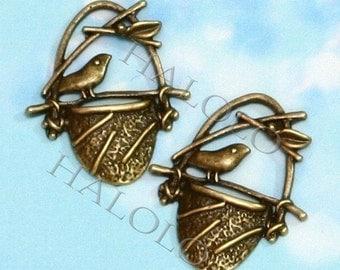 20pcs antique bronze finish filigree bird on basket pendant 22mm BN035