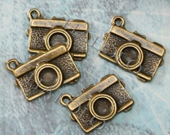 10pcs antique bronze filigree camera pendant 16mm BN252A