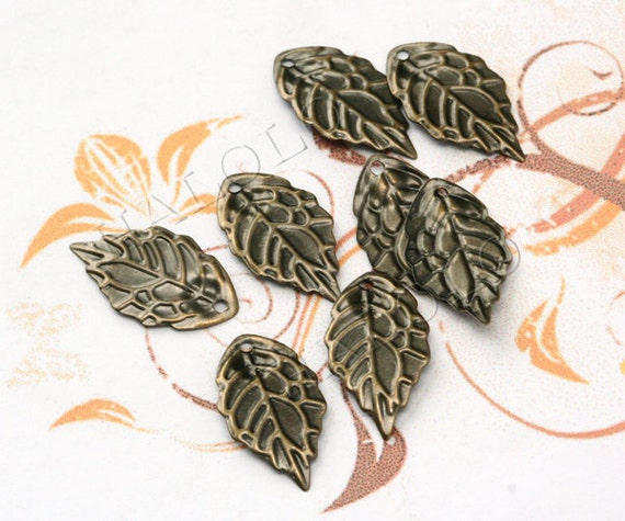 100 pcs antique bronze finish leaf filigree pendant 29mm BN312