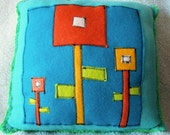 ITS HIP TO BE SQUARE - Blue\/Orange - 3 Flowers - Fleece Pillow