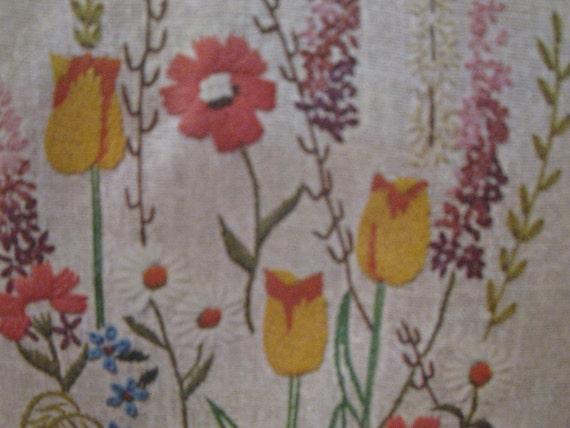 Spring Flowers Crewel Vogart VINTAGE Embroidery COMPLETE KIT