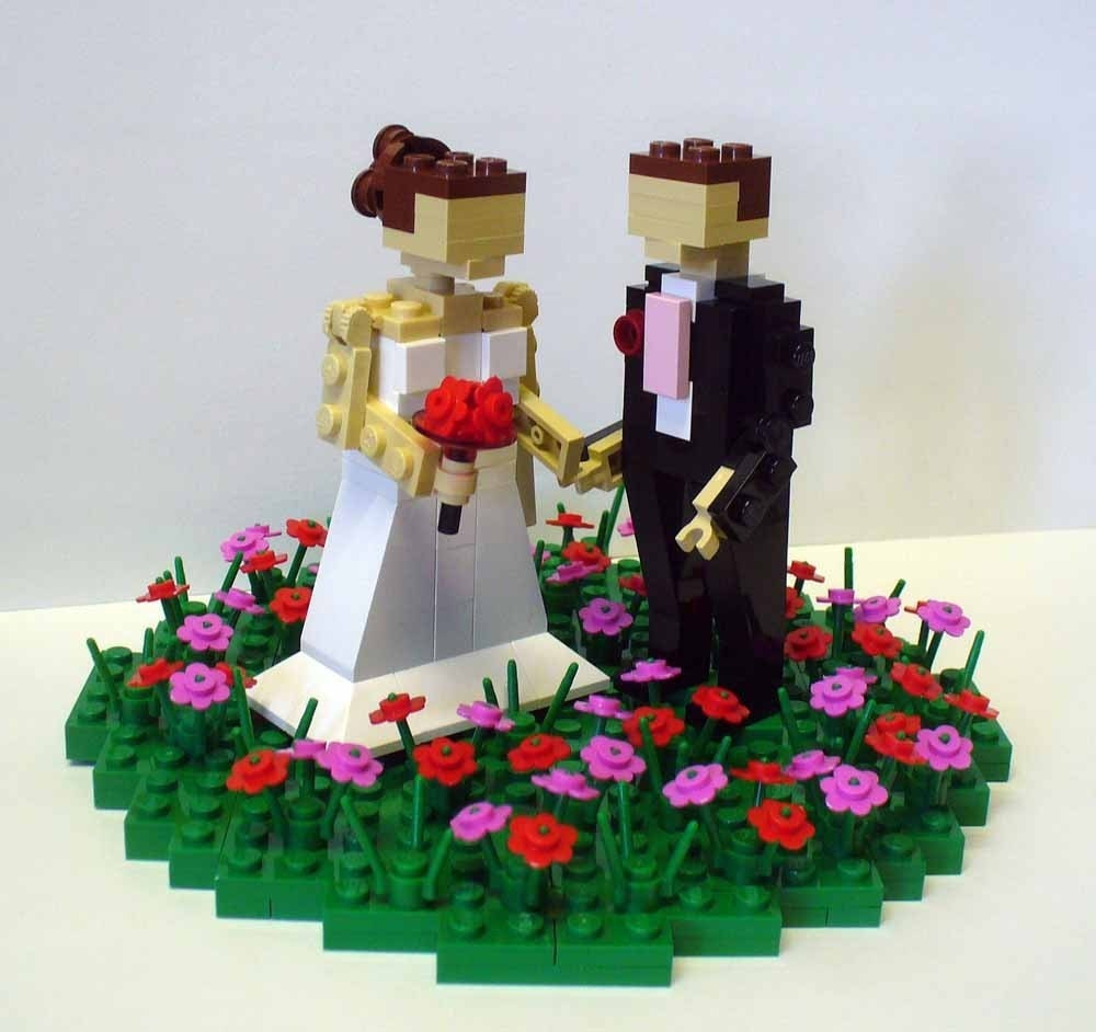 Lego Bride Groom Cake Topper