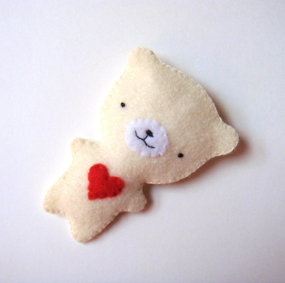Felt Brooch Natural Cream White Cute Teddy Bear Red Heart Spring Fashion Accessory