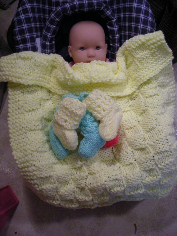 Car seat blanket and booties knit PDF pattern
