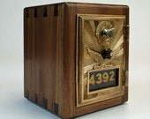 1906 Walnut Post Office Box Coin Bank