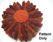 DIY Pattern - Flower Pin - PDF instructions to sew a flower pin with recycled wool felt - scrap project
