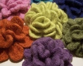 Crochet Felted Flowers Brooche  PATTERN