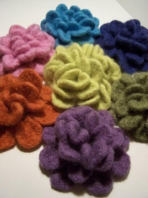 Crochet Felted Flowers Brooche  PATTERN