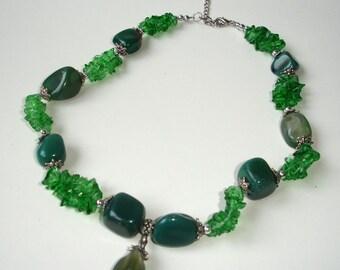 Green gemstones mix
