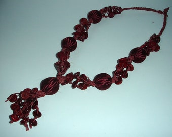 Crimson wooden beads