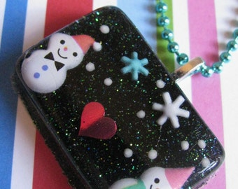 Snowman in Love Resin Necklace