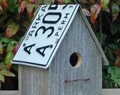 Birdhouse - Recycled license plates - Barnwood