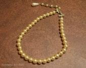 Vintage Single Strand Pearl Choker